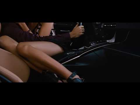 Gal Gadot kissing scene from Fast Five
