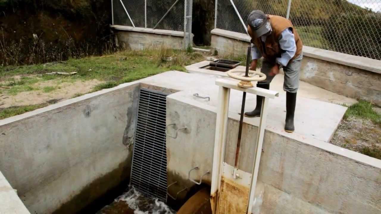 El agua potable de quito nos tomamos el agua en serio for Agua potable quito