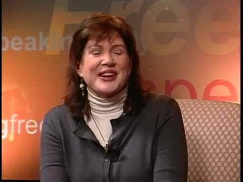 Speaking Freely: Julia Sweeney
