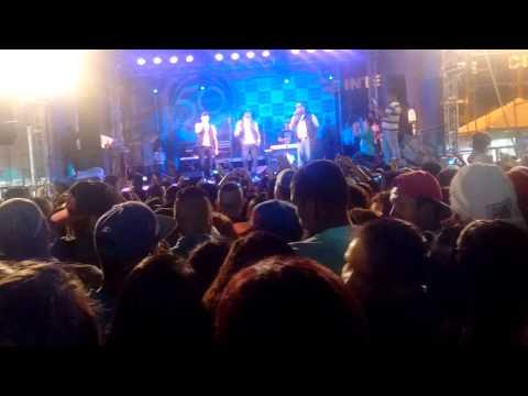 Sampa Crew - Distancia ao vivo em Francisco Morato