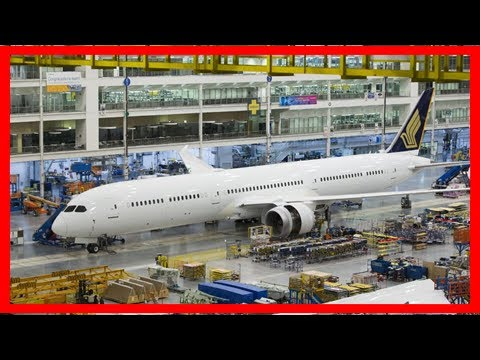 Breaking News | Singapore airlines' first b787-10 dreamliner rolls off assembly line - business tra