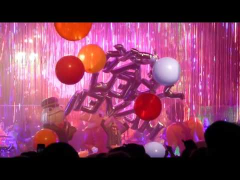 """Flaming Lips, """"Yoshimi Battles The Pink Robots, Pt 1"""", 3/8/17, College St Music Hall, New Haven, CT"""