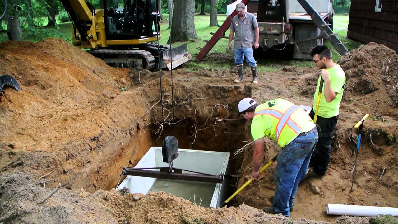 Septic tank replacement with cat 308e youtube for How to build a septic tank