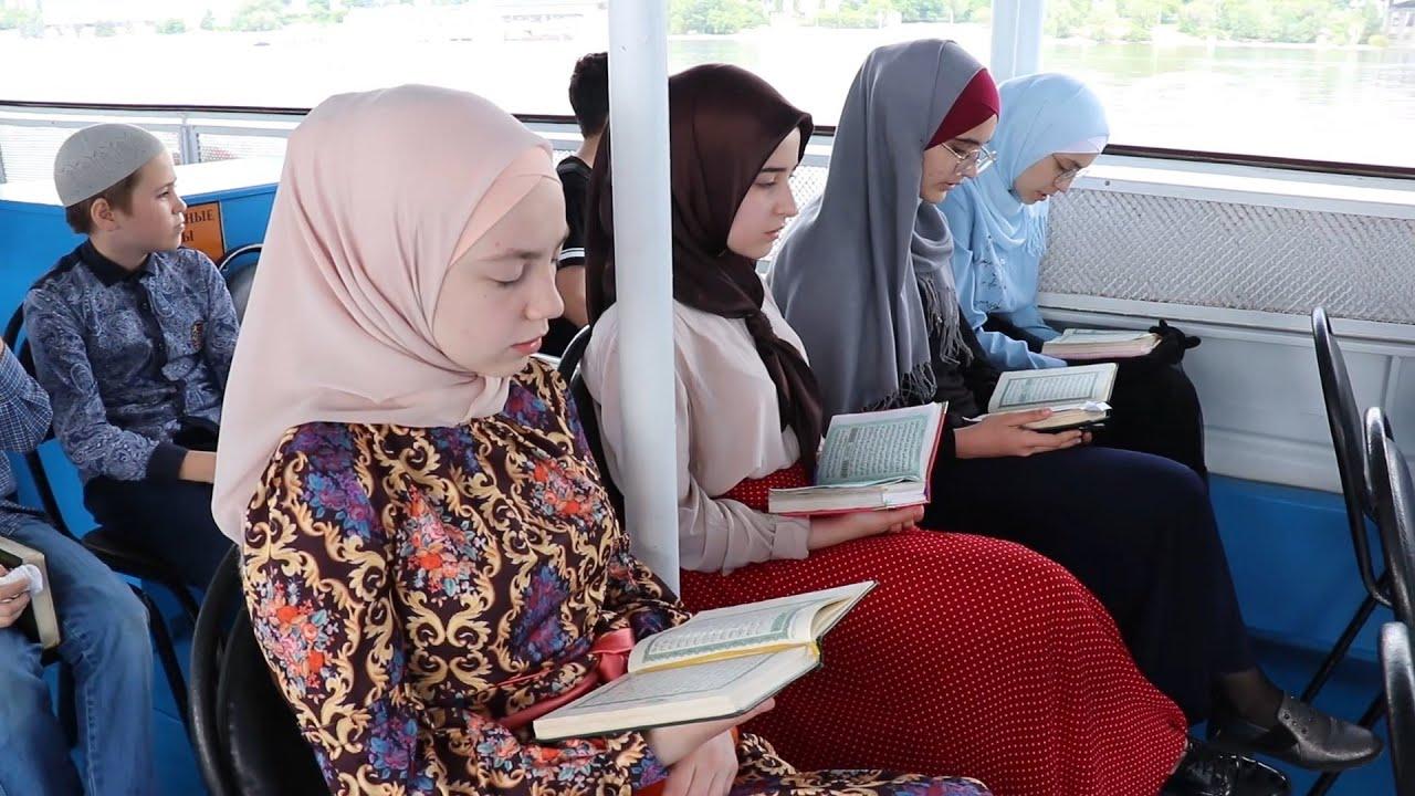 Так Коран читают только здесь!