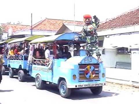 ARAK ARAKAN BUTA SANGA [ LAGU : OPLOSAN ] | Singa Depok / Sisingaan (Indonesian Traditional Art)