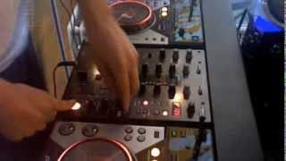 Pioneer CDJ 400 & DJM 400 (effects demo)(Mixing with my newish cdj 400's 10 min mix track list in order : 1 - Steve Angello - Trix (Tocadisco Remix) 2 - Tiga - Mind Dimention 1 3 - Jørgensen Vs BSD - I ..., 2009-05-19T13:01:27.000Z)