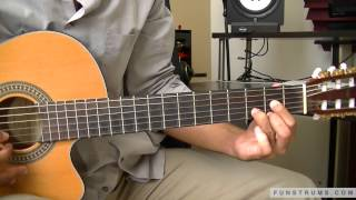 How to play Feliz Navidad - Solo Guitar Chords and Strumming Lesson