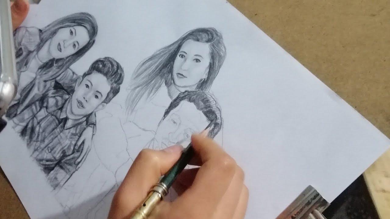 Karakalem Aile Fotoğrafı Çizimi ( Anneler Günü Hediyesi )👨👨👧👧 portrait drawing