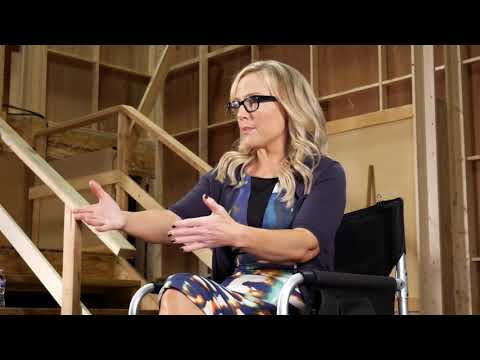 Rachael Harris of Lucifer on FOX