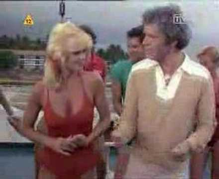 Love Boat - Julie and Isaak dance