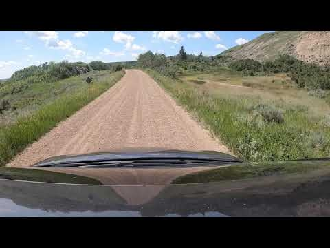 Dry Island Buffalo Jump Provincial Park In Alberta (Driving Down The Valley)