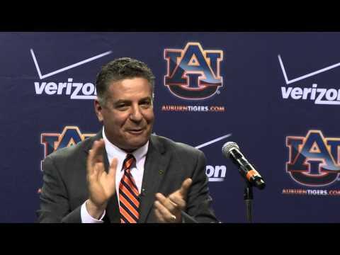 Auburn hires Bruce Pearl to coach mens basketball