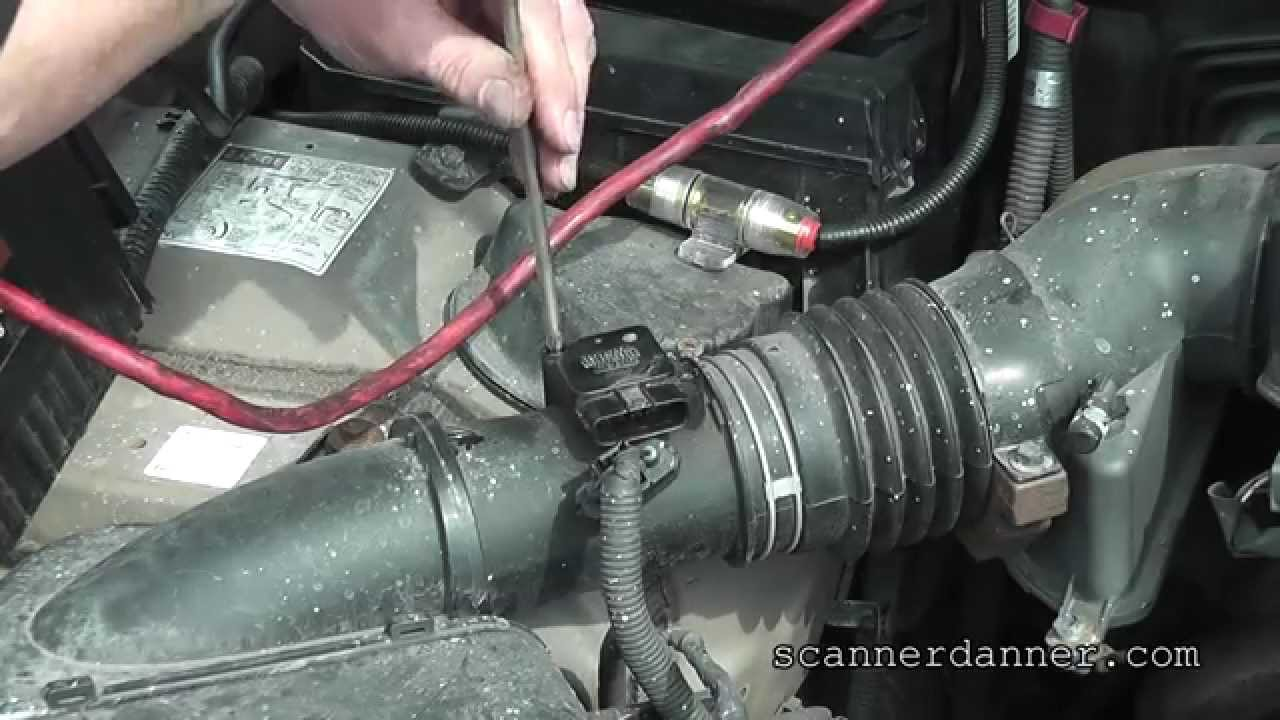 How to identify and clean a dirty MAF sensor (Lexus)  YouTube