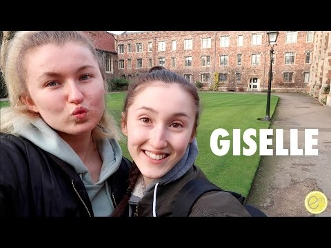 VLOG #011 | HOLLY GABRIELLE IN A BALLET, GETTING GLASSES & GOOD VEGAN FOOD