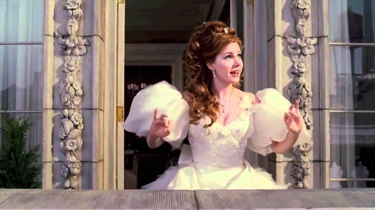 Enchanted - Happy Working Song (Italian) HD - YouTube