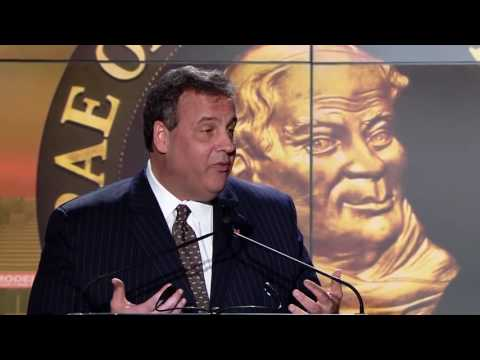 Governor Christie Roasts Boomer Esiason