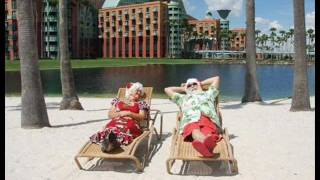 "Uncle Moondog - ""Christmas At The Beach"" music video"
