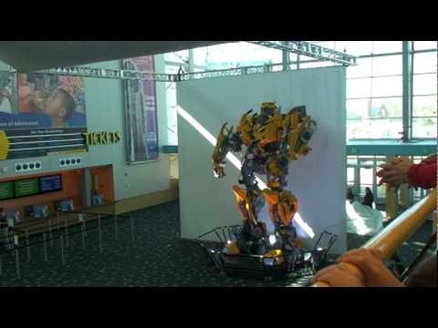 Unveiling of Bumblebee at the Indianapolis Childrens Museum