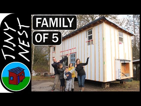 Family of 5 Builds Tiny Home from Scratch