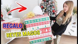 LA NIÑA MISTERIOSA SIN ROSTRO ABRIENDO REGALOS DE REYES MAGOS! DESAPARECE CON EL MEJOR REGALO