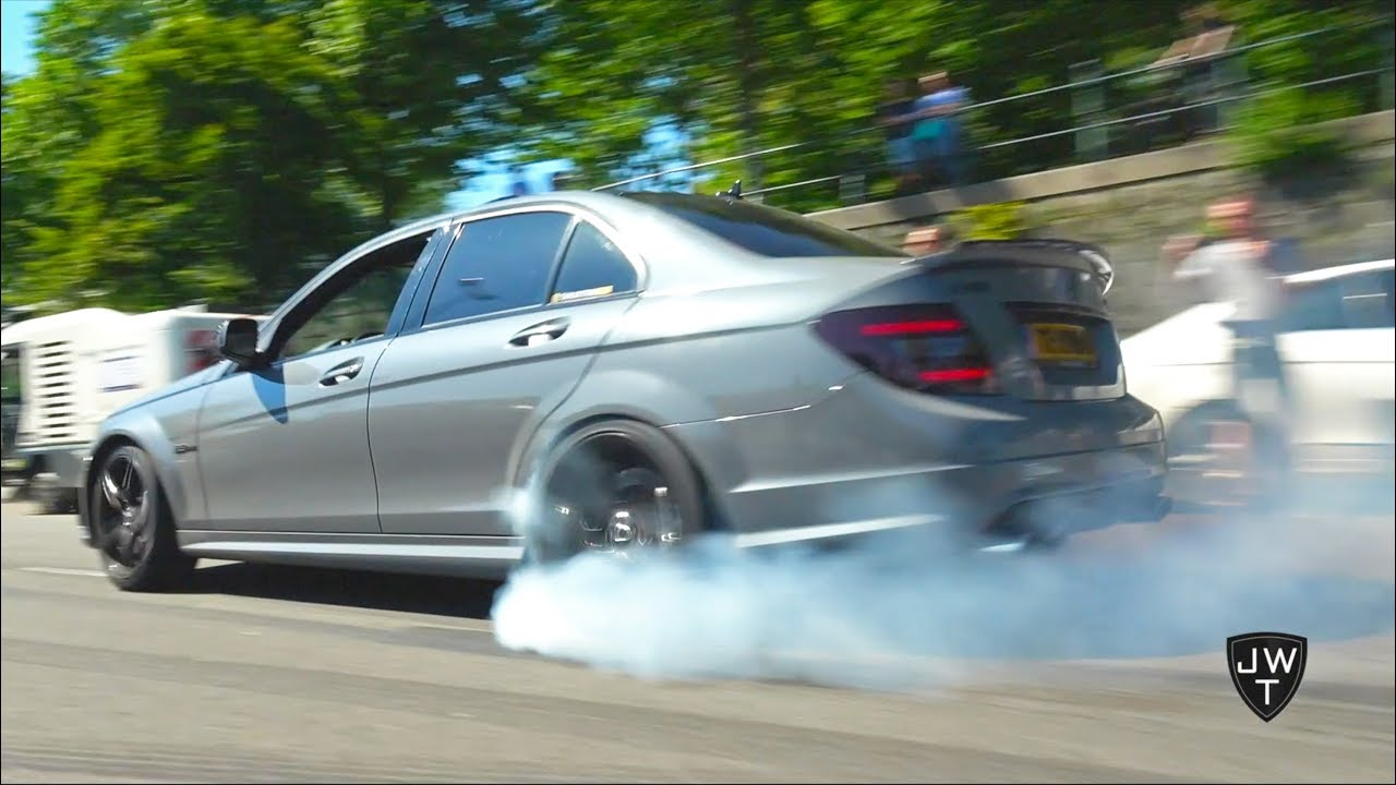 Blonde girl doing burnouts and accelerating in 1000hp Apollo S!