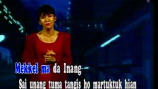 Christine Panjaitan - Borhat Ma Dainang (with caption)