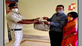 True Benevolence - RPF Staff Returns Lost Cash Bag To Maharashtra Man