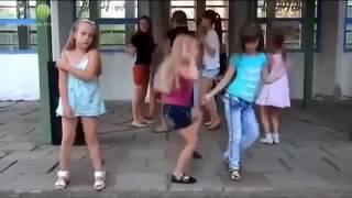 Танцуй пока молодая девочка Рая!!!