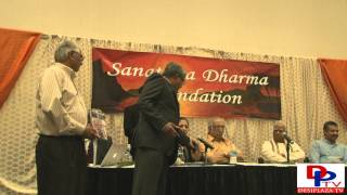 Mr.Kalyan Vishwanathan introducing Dr.Graham Schweig at Hindu Unity Day 2014.