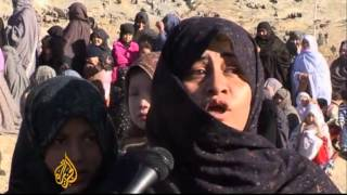 Pakistan Shias bury bombing victims in Quetta