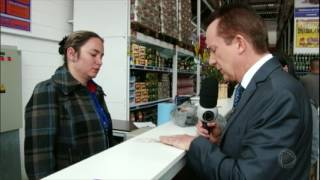 Patrulha do Consumidor: dona de casa compra carne estragada e não consegue trocar