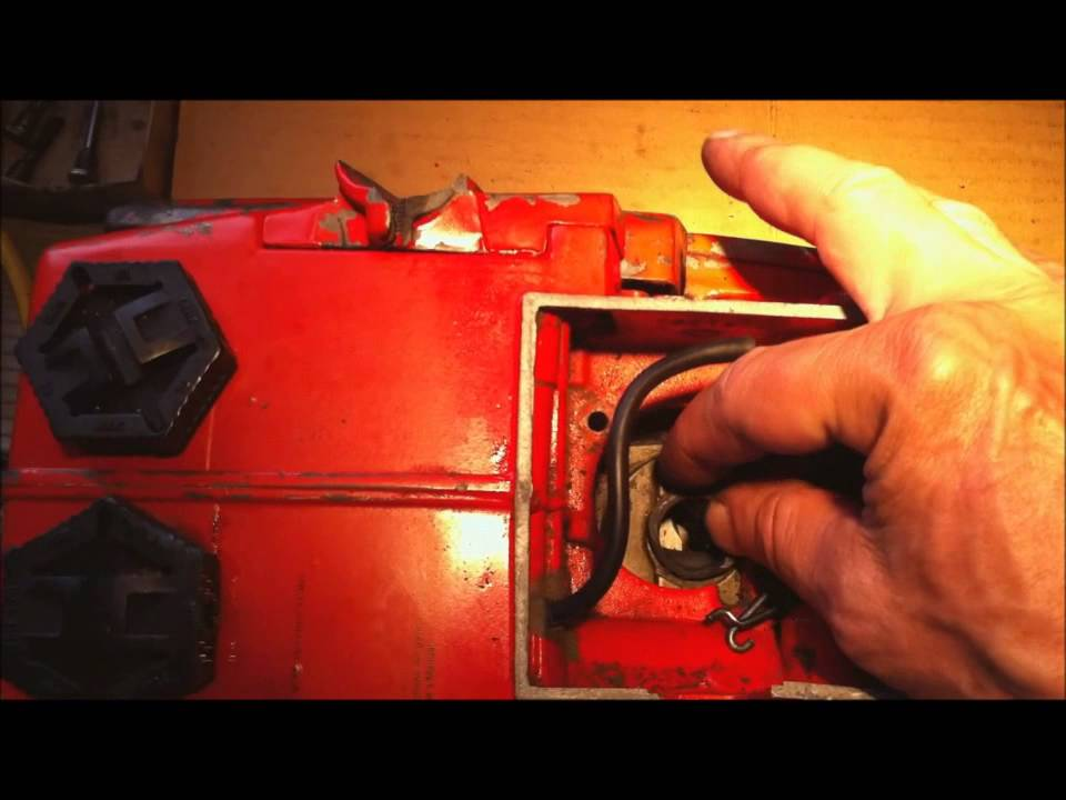 Homelite 360 Chainsaw - How to Replace Carburetor Boot - YouTube