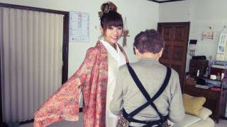 How to wear a kimono (Speed up 8X)