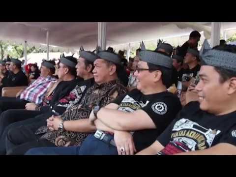 Kun Kun - Dulang Kuring 1 (Pentas Akbar Musik Sunda PANARATAS 2014)