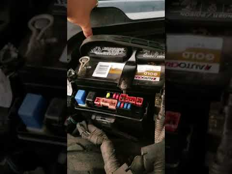 Where the Fuse boxes are in 06 and 07 infiniti m35x - YouTube 06 Infiniti M35 Fuse Box YouTube