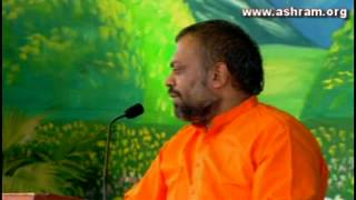 Shri Sureshanandji Satsang 2013 - 19th August ( Evening Session ) - New Delhi