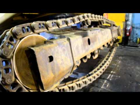 UnderCarriage Ireland: How To Install Replace Komatsu PC210LC Excavator Tracks