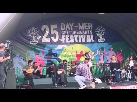 25.DAY-MER Kültür ve Sanat Festivali (London ) 2014 - Mikail Aslan   Kardeş Türküler