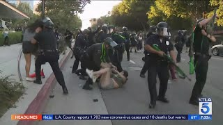 L.A. and other U.S. cities see weekend clashes between officers, protesters
