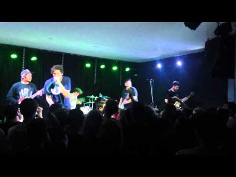 Trophy Eyes ~ Hourglass [Live] (CAMBRIDGE HOTEL 10/10/2015)