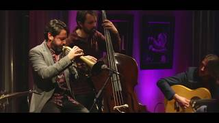 "Baixar Enriquito cuarteto flamenco ""Se lió Parda"" (soleá)- Recoletos Jazz-"