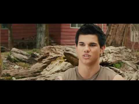 New Moon Official Trailer #2