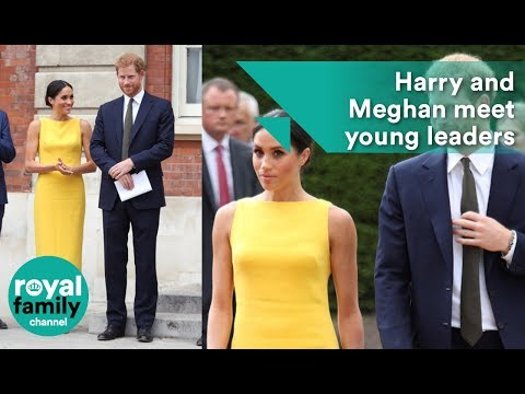 Prince Harry and Meghan meet young Commonwealth leaders