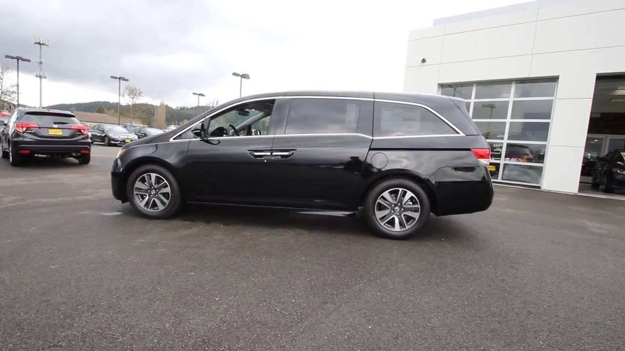 2016 honda odyssey touring crystal black pearl. Black Bedroom Furniture Sets. Home Design Ideas