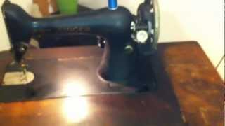 1927 Singer Sewing Machine & Table