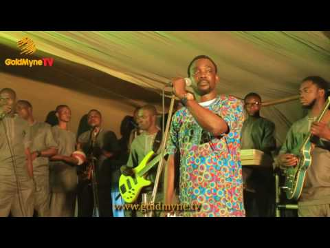 WATCH PASUMA'S PERFORMANCE AT BURIAL CEREMONY OF PRINCE GBENRO OSINUBOSI'S FATHER AT AGO IWOYE