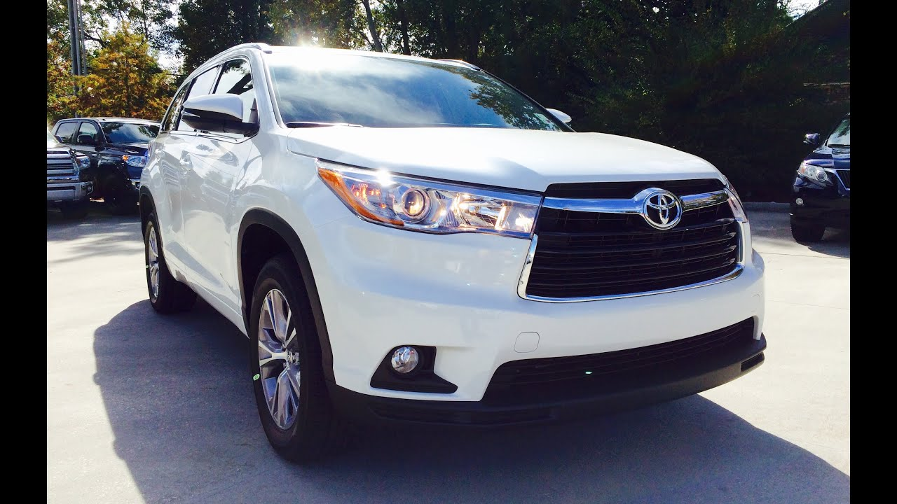 Marvelous 2015 Toyota Highlander XLE V6 Full Review / Exhaust / Start Up   YouTube