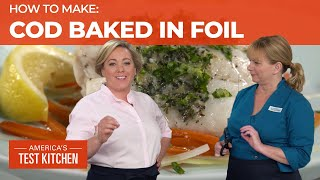 How to Make Cod Baked in Foil with Leeks and Carrots