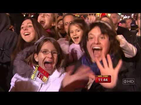 Christina Aguilera   CANDYMAN Live Dick Clark`s New Years Rockin` Eve 31 12 06 HDTV 1080i
