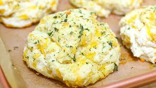 Red Lobster's Cheddar Bay Biscuits - Garlic Cheese Biscuits